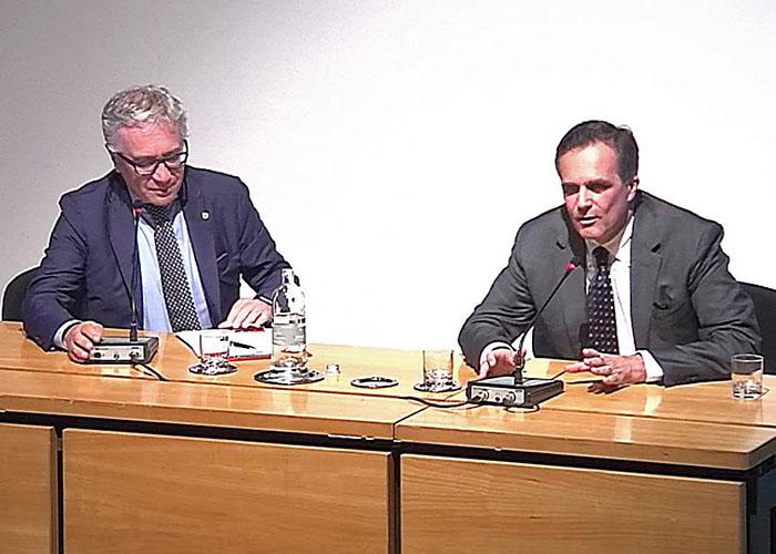 Ettore Bologna ed il dottor Alessandro Giamberti dibattito